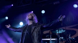 The Pretty Reckless show New Jersey that Rock N Roll will Never Die