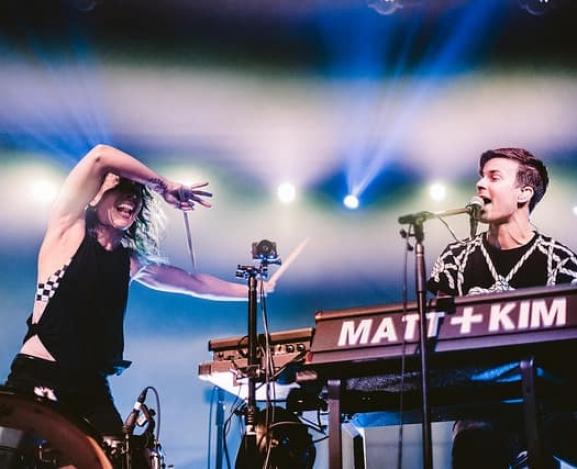 Matt & Kim made no mistakes in QC