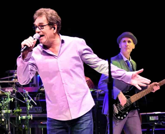 Huey Lewis and The News Bring Their Fans Back From The Future in Westbury, NY