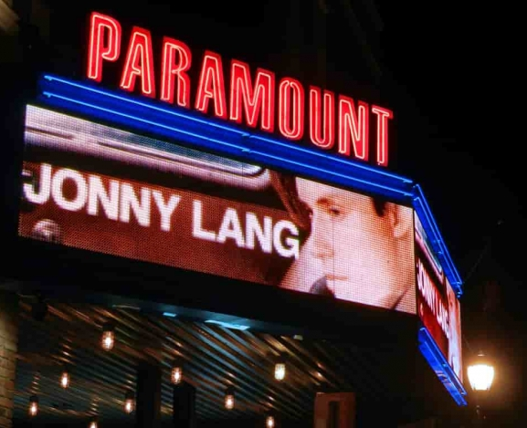 Jonny Lang brings Signs to NY