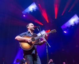 Dave Matthews Band defies all odds with thunder clouds and rain in Charlotte tonight