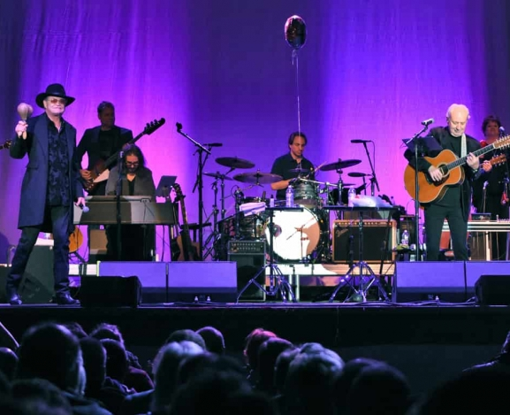 Legend Series – The Monkees Present: The Mike Nesmith and Micky Dolenz Show