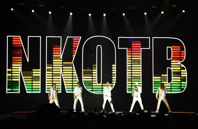 New Kids on the Block – The Mixtape Tour