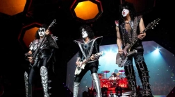 Gallery: Kiss and David Lee Roth – End of the Road Tour in NC