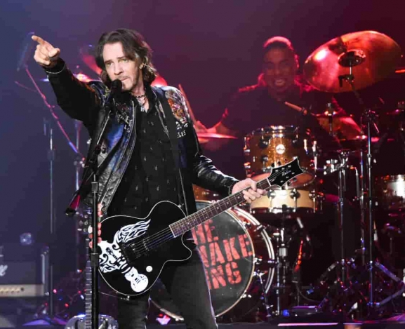 Rick Springfield played to a sold out crowd at The Paramount in Huntington