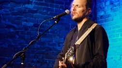 Charlie Mars Plays an Intimate Show at The Evening Muse