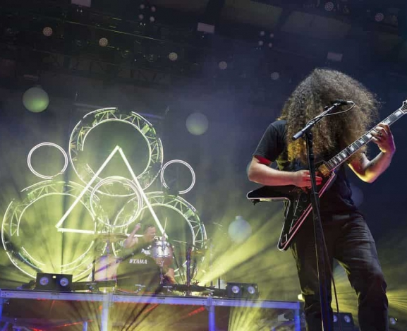Coheed And Cambria and Taking Back Sunday Bring Down the Queen City With The Story So Far