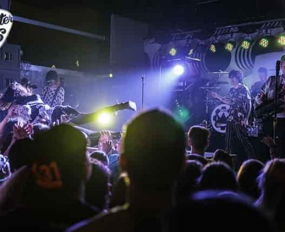 The Retrograde Tour treats Greene Street to a wake up call