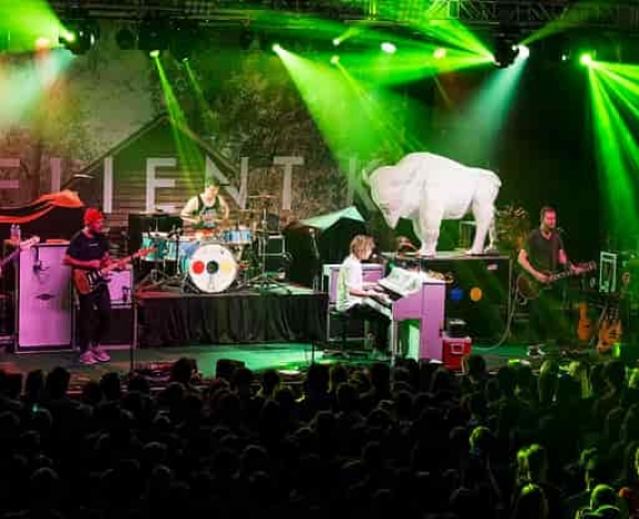Looking for America tour with Switchfoot and Relient K