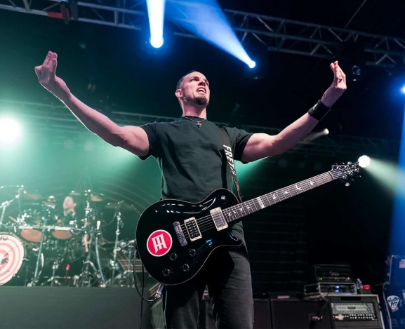 Alter Bridge take Raleigh head first