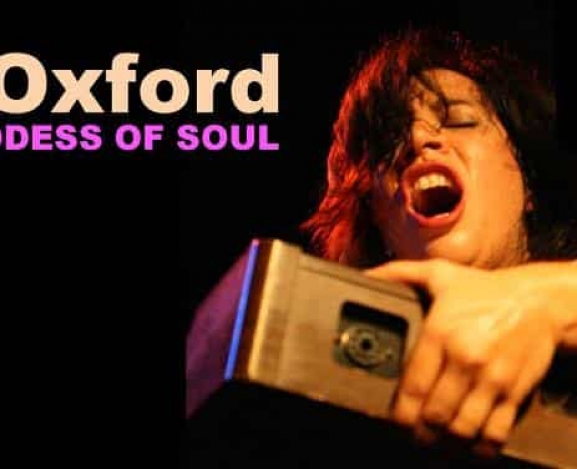 Doña Oxford: Live…and Loud! album rocks and rolls