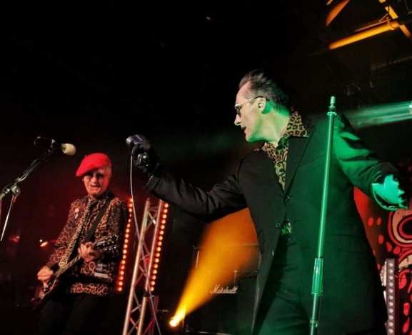 The Damned Return to The Legendary Stone Pony Sans Toilet