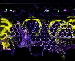 Myles Kennedy Brings Year Of The Tiger To Life At Asbury Lanes