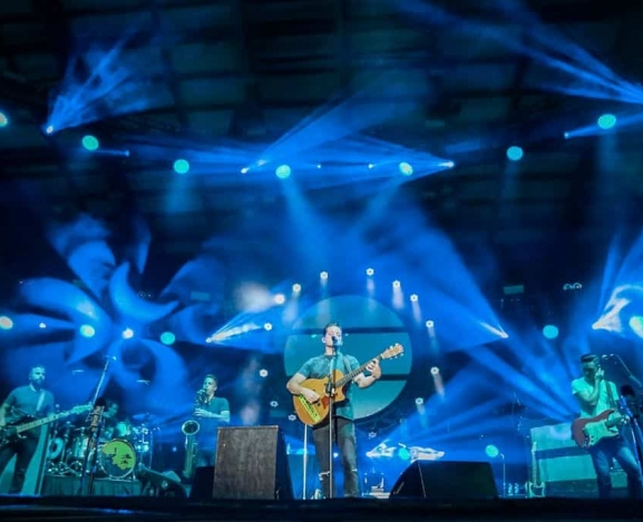 Fans Brave Torrential Thunderstorms for OAR