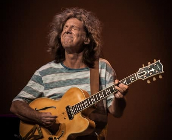 Pat Metheny: A Journey Thru Strings