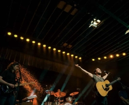 Phillip Phillips Returns to Charlotte, NC After the Release of A Long Awaited Album