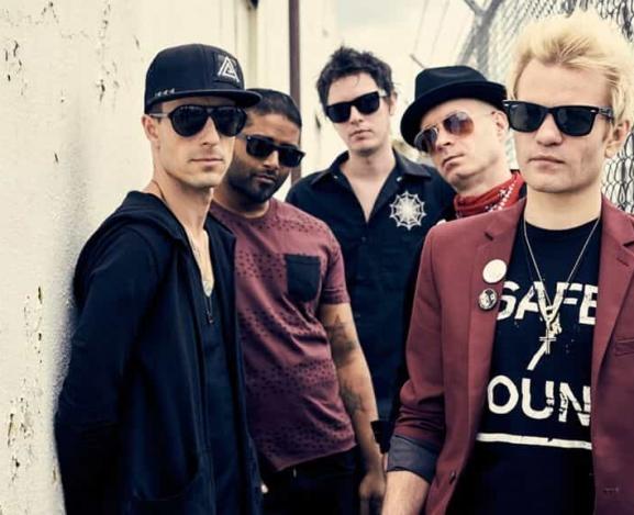 Tour Announcement: Sum 41 Announces 'No Personal Space Tour'