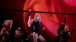 Taylor Swift Shows Off Her Reputation At Homecoming Show